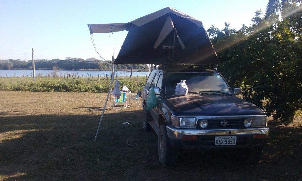 Zelten im Pantanal